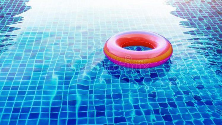 En Fritstående pool er meget smart